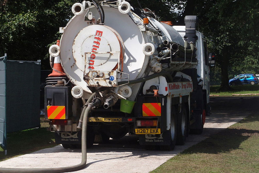 Septic Tank Servicer